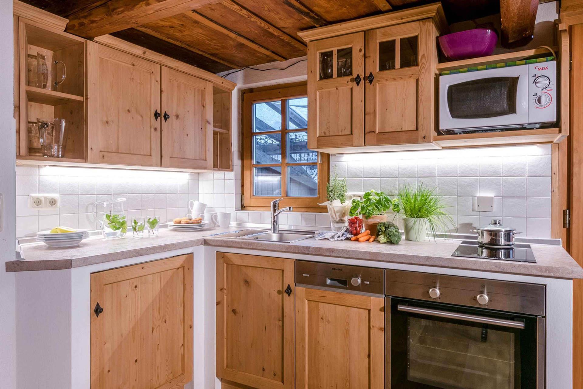 Ferienwohnung Lavendel, Küche, Huberhof Ollerding